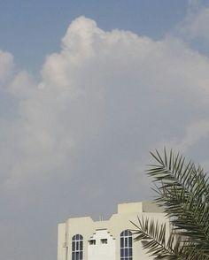 #شبكة_أجواء : #الإمارات : السحب في #خورفكان قبل قليل من #المطارد_عاشق_المطر .  @g.s.chasers  @alyasatnet