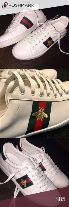 Gucci X Adidas Original NMD R1 BEE W, Men's Fashion, Footwear on
