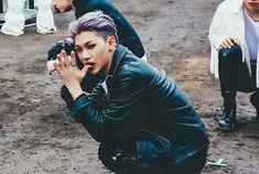 Chan Lee, Felix Stray Kids, Lee Know, Dance Moves, Kpop Fashion, Kpop Boy, Freckles, Pretty Boys, Role Models