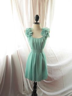 Im a sucker for soft flow-y dresses in pastel-y colors. Wish I could pull off pastel colored dresses !