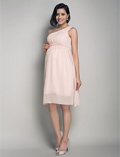 What about knee length Claire? :) A-line One Shoulder Knee-length Chiffon Maternity Bridesmaid Dress - GBP £ Maternity Bridesmaid Dresses, Cheap Bridesmaid Dresses Online, Homecoming Dresses, Maternity Wedding, Bridesmaid Gifts, Burnt Orange Bridesmaid Dresses, Pregnant Wedding Dress, Wedding Dress Chiffon, Knee Length Dresses