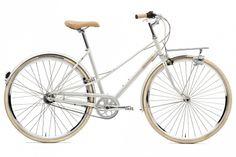 Creme Cycles Caferacer Solo Lady turquoise I Bikester. Urban Bike, Boutique Velo, Bici Retro, Velo Design, Jaguar E Typ, Vintage Cycles, Vintage Bikes, Cruiser Bicycle, Commuter Bike