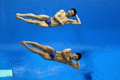Synchronized diving is amazing to watch!