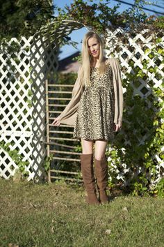 #Blogger Lacy Rose in a cute Deb Shops #leopard look