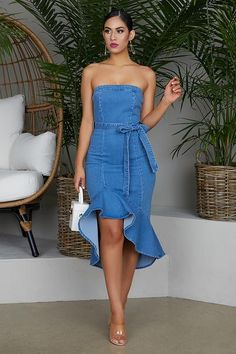 Flare Out Denim Dress Elegant Outfit, Classy Dress, Classy Outfits, Fashion Wear, Denim Fashion, Fashion Outfits, Sunday Outfits, Evening Dresses, Summer Dresses