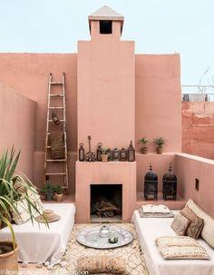 Marrakech : nos meilleures adresses déco - Elle Décoration Moroccan Interiors, Moroccan Decor, Moroccan Style, Exterior Colors, Exterior Design, Interior And Exterior, Riad Marrakech, Marrakesh, Style Marocain