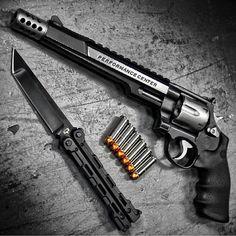 Unique Weapons @uniqueweapons @smithwessoncorp ...Instagram photo   Websta (Webstagram)