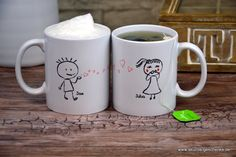 """Heute möchten wir Euch eine besonders schöne Geschenkidee für (frisch) Verliebte vorstellen: Das Tassenset """"Liebespaar"""" mit individuell personalisierbaren Namen Jede Tasse für sich si..."""