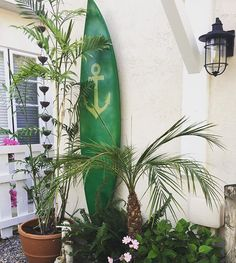 Repurposed an old surfboard as outdoor wall art. It was pretty easy to do with spray paint and stencil. . . #diy #coronado #coronadoislandliving  #surfboard #anchorstencil  #coronadohomes #sandiegoconnection #sdlocals #coronadolocals - posted by Shyama https://www.instagram.com/shyincoronado. See more post on Coronado at http://coronadolocals.com