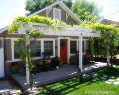 Amazing renovations of a plain Jane house to a modern farmhouse dream!