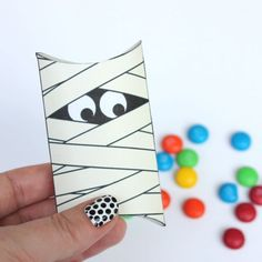 These cute mummy pillow boxes are very quick and easy to assemble. They're the perfect size for some Halloween treats.