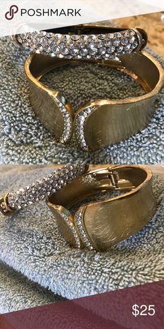 2 costume gold bling bracelets New 2 costume jewelry gold bling bracelets worth $45   perfect for Prom or travel New ...never worn Jewelry Bracelets
