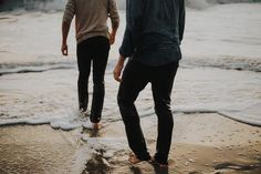Percy and Annabeth taking a walk along the beach Taken by Grover Thalia, Kai Parker, Danny Collins, The Dark Artifices, Wolfstar, Pokemon, Cassandra Clare, Character Aesthetic, Looks Cool