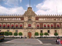 Discover Mexico City's historical center on foot: The National Palace (Palacio Nacional)