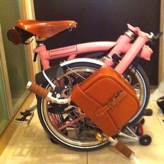 Bicycle Brompton Pink Bike, Folding Bicycle, Urban Bike, Brompton, Bike Style, Mimi Berry, Classic Bikes, Road Bikes, Tricycle