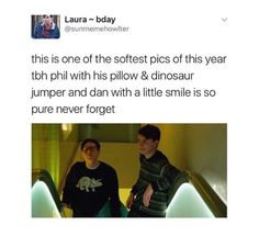 For some reason this photo is so calming to me. It kinda makes me forget every thing bad that happenned this 2016 and it's not like a big deal of a photo, none of the phandom is using caps to respond or anything. Just a photo of two people I love that people are appreciating, not screaming over. It makes my heart smile.