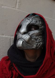 Dragoncat mask – silver by missmonster.devia… with Pin-It-Button on deviantART - Bonheurfitness Headdress, Headpiece, Cosplay, Armadura Medieval, Samurai, Cool Masks, Awesome Masks, Masks Art, Deviantart