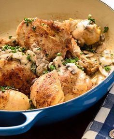 How Cook Chicken in Your Le Creuset Braiser the French way Chez Bonne Femm Dutch Oven Cooking, Dutch Oven Recipes, Cast Iron Cooking, Braised Chicken, Roasted Chicken, Braiser Recipes, Cast Iron Recipes, Roast Chicken Recipes, How To Cook Chicken