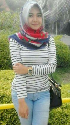 Womens Style Discover hijab bugil tayland at DuckDuckGo Beautiful Muslim Women Beautiful Hijab Islamic Girl Muslim Beauty Indonesian Girls Girl Hijab Hijab Chic Indian Beauty Saree Muslim Girls Muslim Fashion, Hijab Fashion, Girl Fashion, Womens Fashion, Beautiful Muslim Women, Beautiful Hijab, Muslim Beauty, Islamic Girl, Indonesian Girls