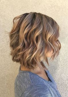 Low-lights & Soft Caramel Highlights with A Layered Bob Short Hairstyles 2017