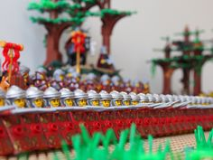 """The III Felix Legion advances while the Emperor Marcus Aurelius watches on A tribute to LEGO and the opening scene of """"Gladiator"""" Lego Mechs, Lego Minifigs, Lego Soldiers, Roman Soldiers, Legos, Lego Village, Classic Lego, Lego Knights, Lego Army"""
