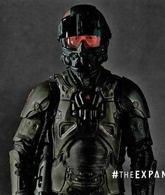 The expanse - armored spacesuit