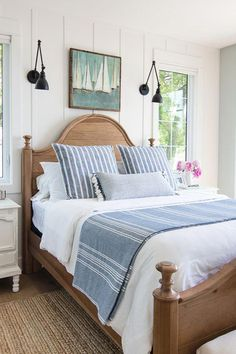 Lake House Bedding-The Lilypad Cottage - The bed that suits homestay to use, let you feel from the job temporarily the true recreational. Blue And White Bedding, Blue Bedding, Bedding Sets, Chic Bedding, Home Decor Bedroom, Bedroom Wall, Bedroom Ideas, Bedroom Lamps, Wall Lamps