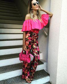 Look completo @vanguardastore para um fim de semana especial! Perfect! #andreafialho #verao2016 #style #pinkfriday  #balenciaga #inspired ❤️