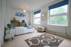 blue blinds