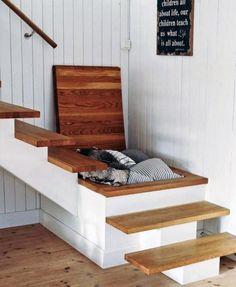 Almacenaje bajo la escalera