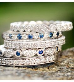 Sapphire Black Hills Gold Rings an International Jewellery Show Tokyo 2018 I Love Jewelry, Bling Jewelry, Jewelry Box, Jewelry Rings, Jewelery, Jewelry Accessories, Jewelry Design, Diamond Stacking Rings, Diamond Are A Girls Best Friend