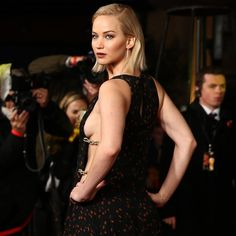 Pin for Later: Jennifer Lawrence Looks Hot Enough to Cause a Rebellion at the Mockingjay Premiere