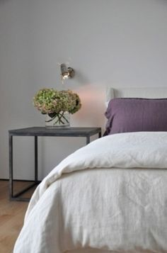 simple linen for duvet and pillows