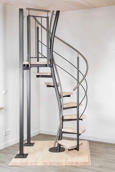 Spiral Stairs Design, Staircase Design, Home Room Design, Home Interior Design, House Design, Attic Wardrobe, Balustrades, Stair Decor, Diy Outdoor Furniture