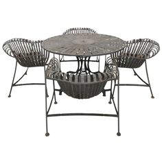 Russell Woodard Sculptural Patio Table And Chairs