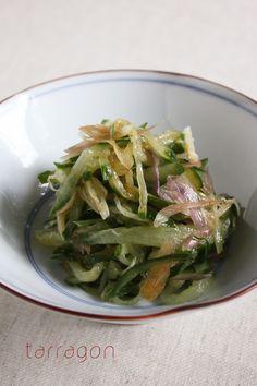 ピリッと痺れる辛さと独特の苦味がクセになる山椒は大人のおつまみに最適!夏にぴったりな山椒を使った刺激のあるレシピをまとめてご紹介します。
