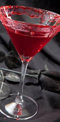 Fall TV-Themed Cocktails Vampire Kiss Martini (The Vampire Diaries) 1 oz Vodka ½ oz Chambord (raspberry liqueur) 3 oz cranberry juice A splash of lime juice