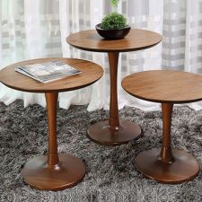 MESA-DE-APOIO-OLINDA Wedding Cake Boards, Table, Furniture, Home Decor, Couch Table, Olinda, Farmhouse Rugs, Interior Design, Home Interior Design