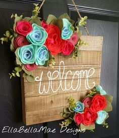 53 Ideas wood front door diy wreaths for 2019 Sola Wood Flowers, Felt Flowers, Fabric Flowers, Paper Flowers, Felt Crafts, Wood Crafts, Crafts To Sell, Diy And Crafts, Deco Originale