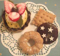 dolcetti e biscotti in pannolenci
