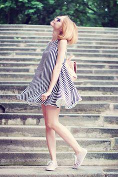 Strip-strip-striped ( Metallic Sunglasses & Striped Dresses )