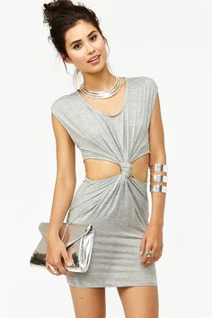 Nasty Gal Dress - I think I could maybe make this and put another color block where her ribs are showing? How cute!