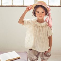 Sweet linen cotton blousefor babies and girls Gorgeousdetails with a pretty frill collar A beautiful item to wear inside of cardigan for spring and by itsel