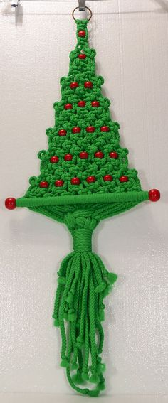 Vintage MCM MACRAME CHRISTMAS TREE Wall or Door Hanging with RED WOOD BEADS