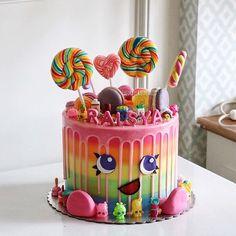#cake #cakeshop #cakes #cakejakarta #cupcake #cupcakejakarta #cafejakarta #lulukaylacupcake #kuejakarta #kueultah #kue #birthdaycake #JKTINFOOD #JKTFOODIES #buttercreamcake #customcake #customcakejakarta #flowercake #anakjajan #weddingcake #bridalshower #shopkinlk #shopkins