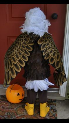 Bald eagle halloween costume contest at costume works bald lots of inspiration diy makeup tutorials and all accessories you need to create your own diy eagle costume for halloween solutioingenieria Gallery