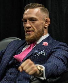 1 млн отметок «Нравится», 6,106 комментариев — Conor McGregor Official (@thenotoriousmma) в Instagram: «Promoter money.»