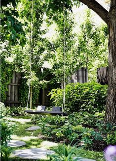 24 Stunning Secret Garden Design Ideas For Summer – Haus und Garten Bog Garden, Garden Cottage, Shade Garden, Dream Garden, Commercial Landscaping, Home Landscaping, Back Gardens, Small Gardens, The Secret Garden