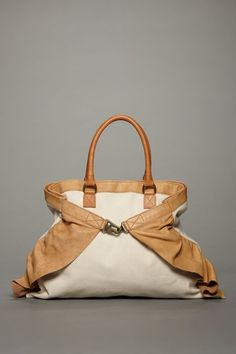 love this Valentino bag