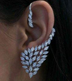 Yellow Gold Round Cut Diamond Stud Earrings cttw, J-K Color, Clarity) – Fine Jewelry & Collectibles Ear Jewelry, Cute Jewelry, Body Jewelry, Diamond Jewelry, Diamond Earrings, Jewelry Accessories, Jewelry Design, Unique Jewelry, Diamond Bracelets